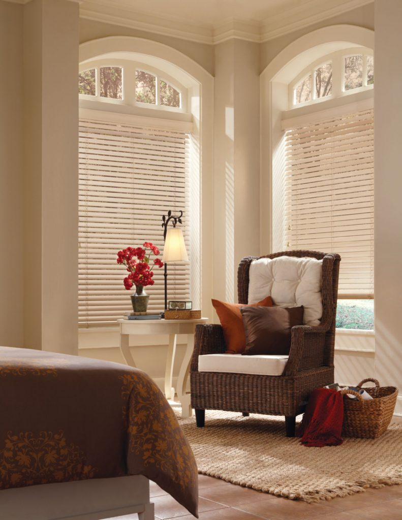 Hunter Douglas Parkland® Classics™ blinds
